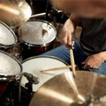 Learn How To Play the Drums – A Step-by-Step Tutorial for Beginner Drummers